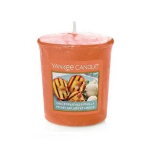 Grilled Peaches & Vanilla Votive Yankee Candle