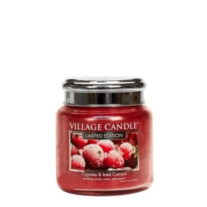 Cypress & Iced Currant Village Candle Geurkaars Medium